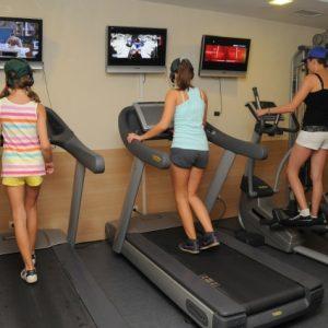 [:bg]Фитнес тренировка[:en] Activities at the hotel[:] | Lucky Fit