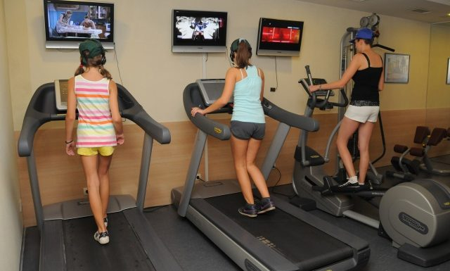 [:bg]Фитнес тренировка[:en] Activities at the hotel[:]   Lucky Fit