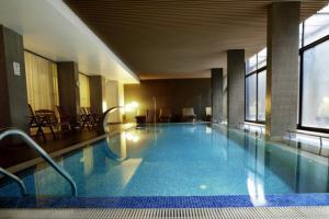 [:bg]Вътрешен басейн[:en]Indoor swimming pool[:]