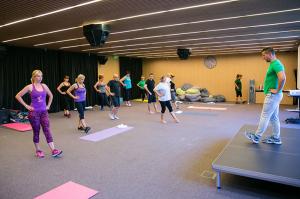 Упражнения по комбинирана гимнастика