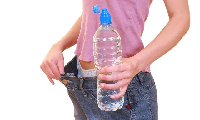 For losing weight drink a lot of water | Lucky Fit