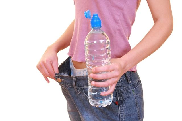 Pour perdre du poids, buvez beaucoup d'eau | LuckyFit