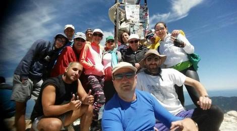 Участниците в Лъки фит покориха връх Вихрен