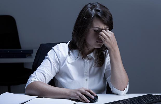 Сънливост по време на работа | LuckyFit