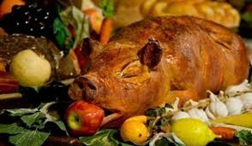 Pork with apple dish | LuckyFit