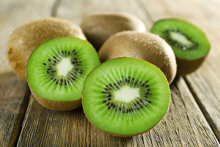 Healthy breakfast - Kiwi | LuckyFit