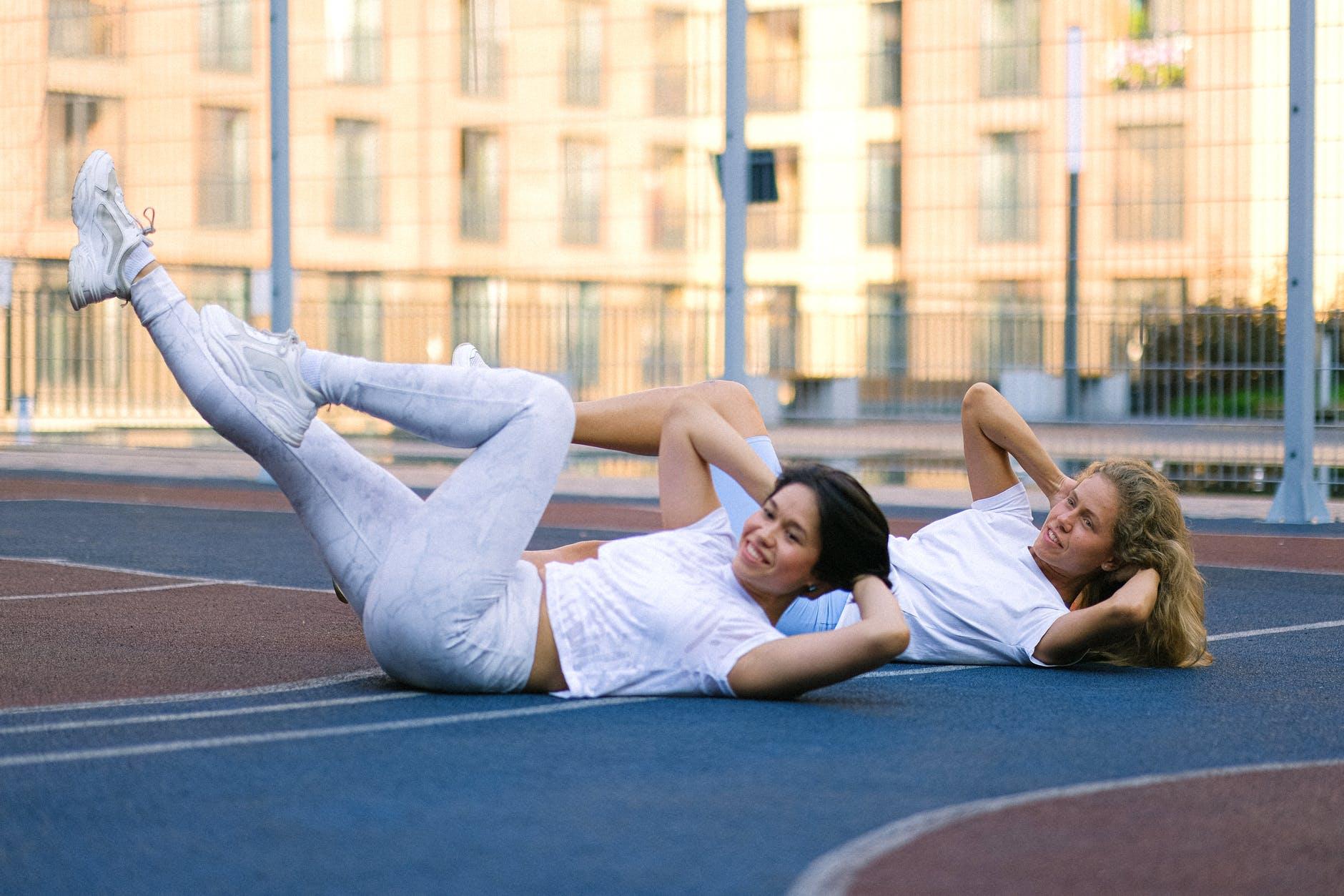 Упражнения за корем и тънка талия