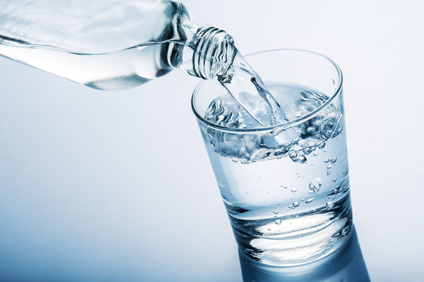 Water in a glass - diet for weight loss   LuckyFit