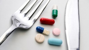 Dish of pills for weight loss   LuckyFit