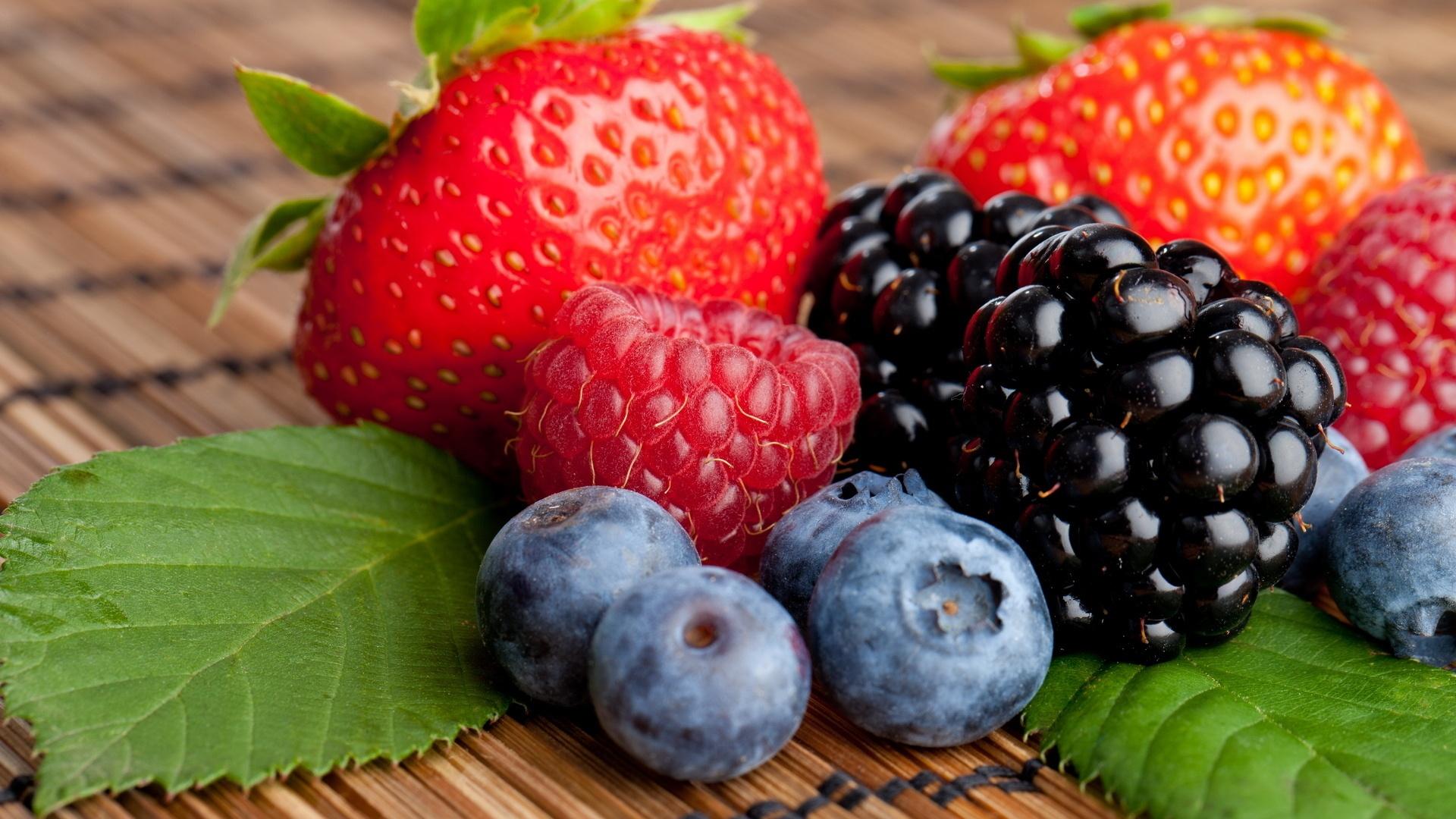 Диети с грозде и ягоди   LuckyFit