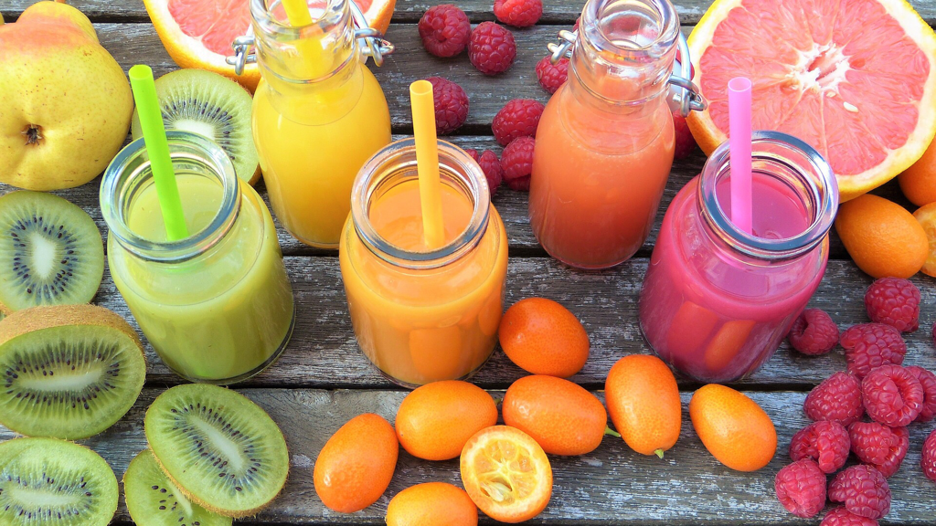 Juices for moon diet   LuckyFit