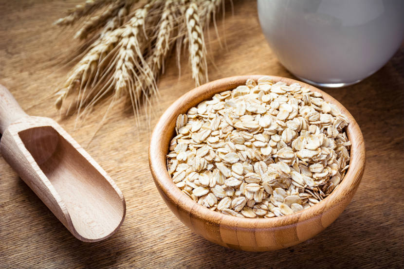 Oat flakes for breakfast | LuckyFit