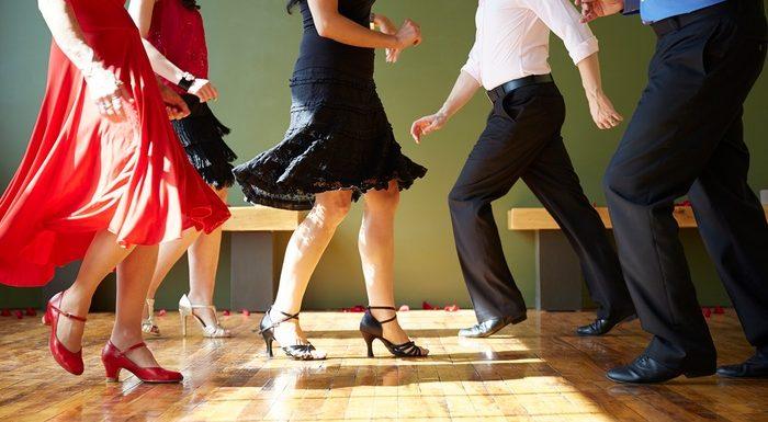 Уроци по танци за отслабване | LuckyFit