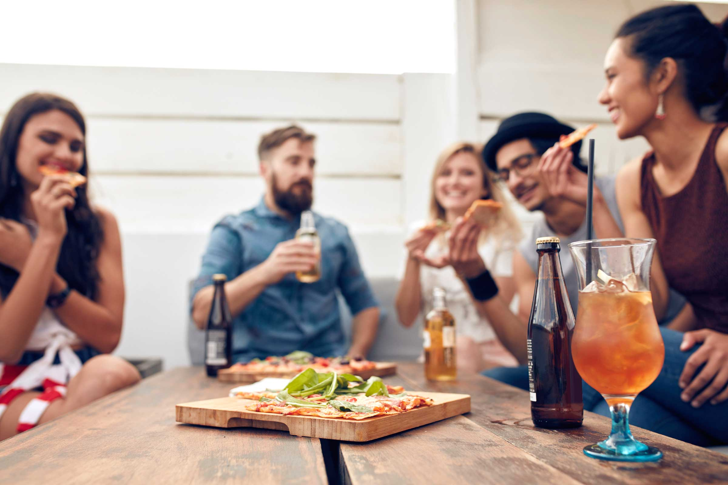 Eating habits on weekends | LuckyFit