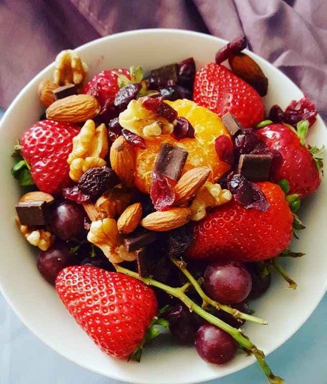 Healthy diet for women | LuckyFit