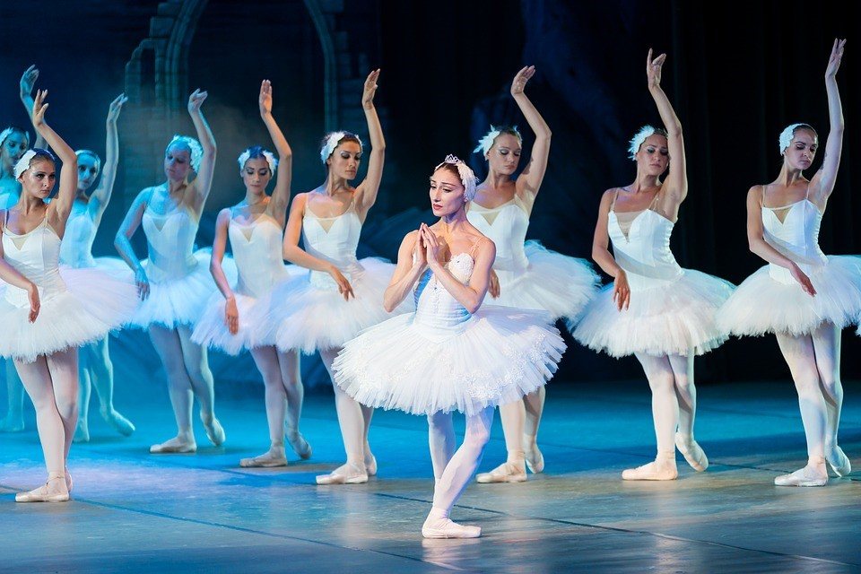 Losing weight with ballet | LuckyFit