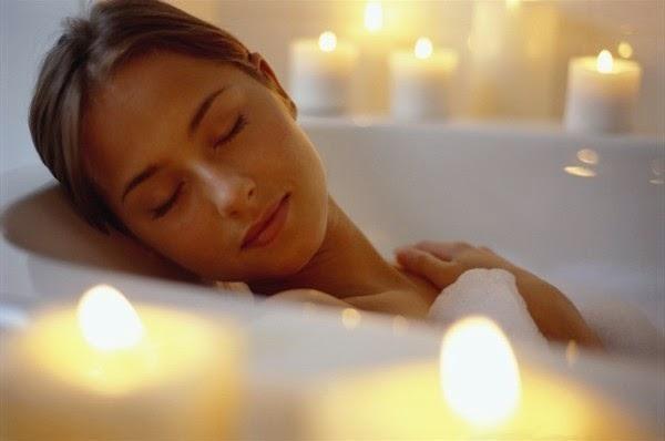 Detox bathtub with Epsom salt | LuckyFit