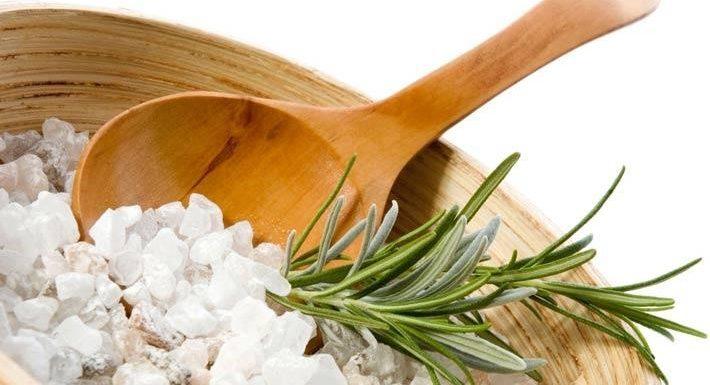 Detoxification with Epsom salt