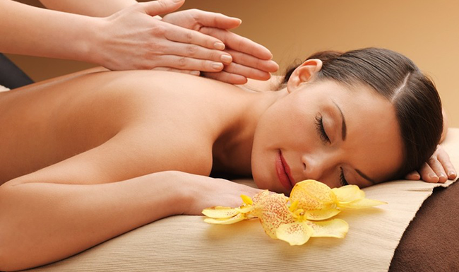 Spa massage for detox program