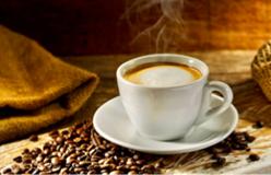 Здравословно ли е да пием кафето си на гладно?