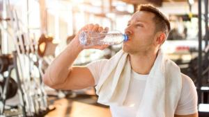 По кое време и по колко вода трябва да пием на ден?