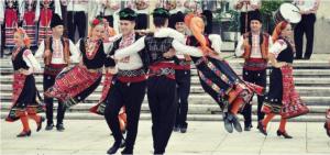 Защо танците са толкова ефективни за тялото и ума?